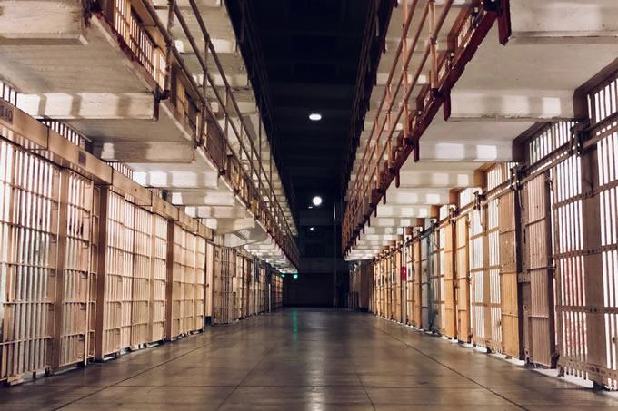 Réclamons la construction de nouvelles places de prison !